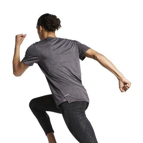 Nike TechKnit Ultra Short-Sleeve Running Top Erkek Tişört