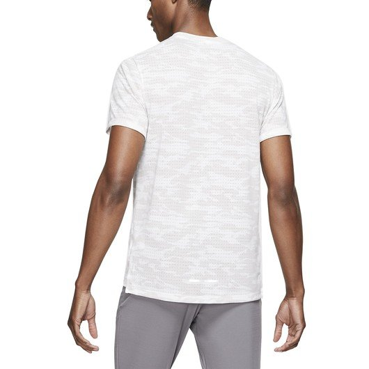 Nike Rise 365 Camouflage Graphic Short-Sleeve Erkek Tişört