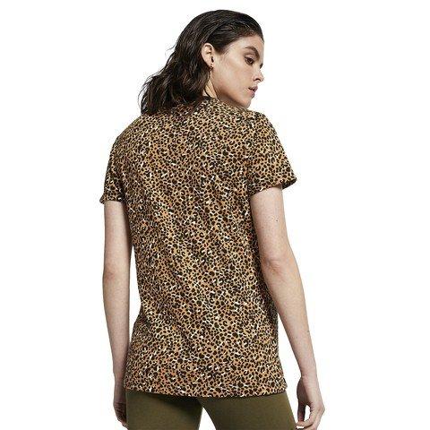 Nike Sportswear Animal Print Kadın Tişört