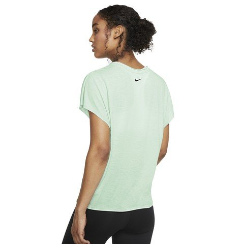 Nike Dri-Fit Short Sleeve Training Top Kadın Tişört