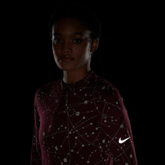 Nike Element Flash Half-Zip Runway Long-Sleeve Top Kadın Tişört