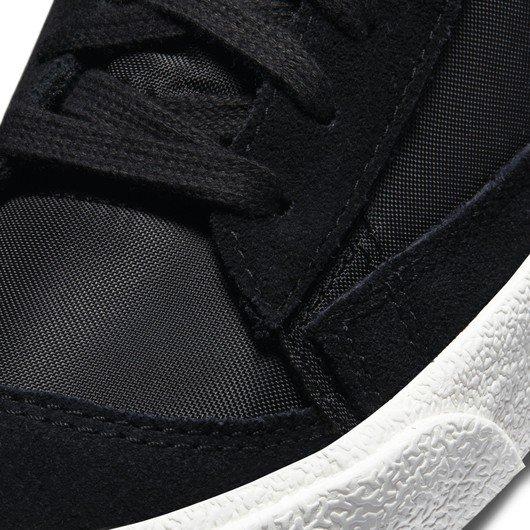Nike Blazer Mid '77 Kadın Spor Ayakkabı